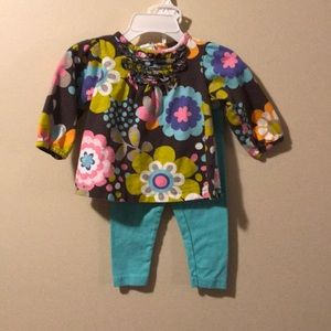 Girls 9 month 2 piece outfit by carter's